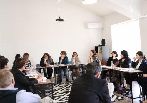 Перспективы развития институтов ювенальной юстиции обсудили участники круглого стола